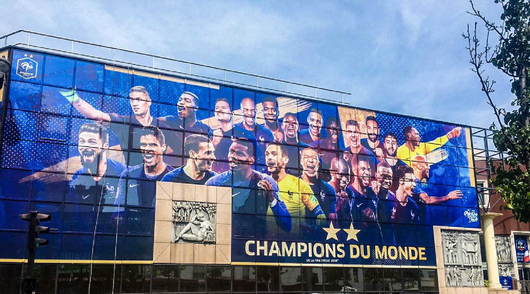 FFF_fiers_detre_bleus_federation_francaise_french_football_champions_monde_coupe_du_monde_world_cup